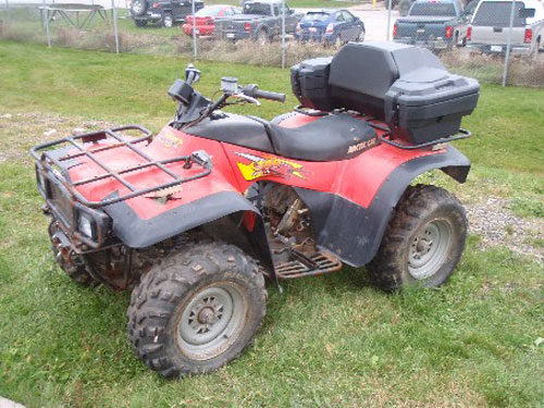 Watch additionally 90289 Ltr 450 Killswitch Wiring Help moreover Snowmobilerepairmanuals blogspot in addition 1999 as well 2000. on 2002 arctic cat 300 4x4